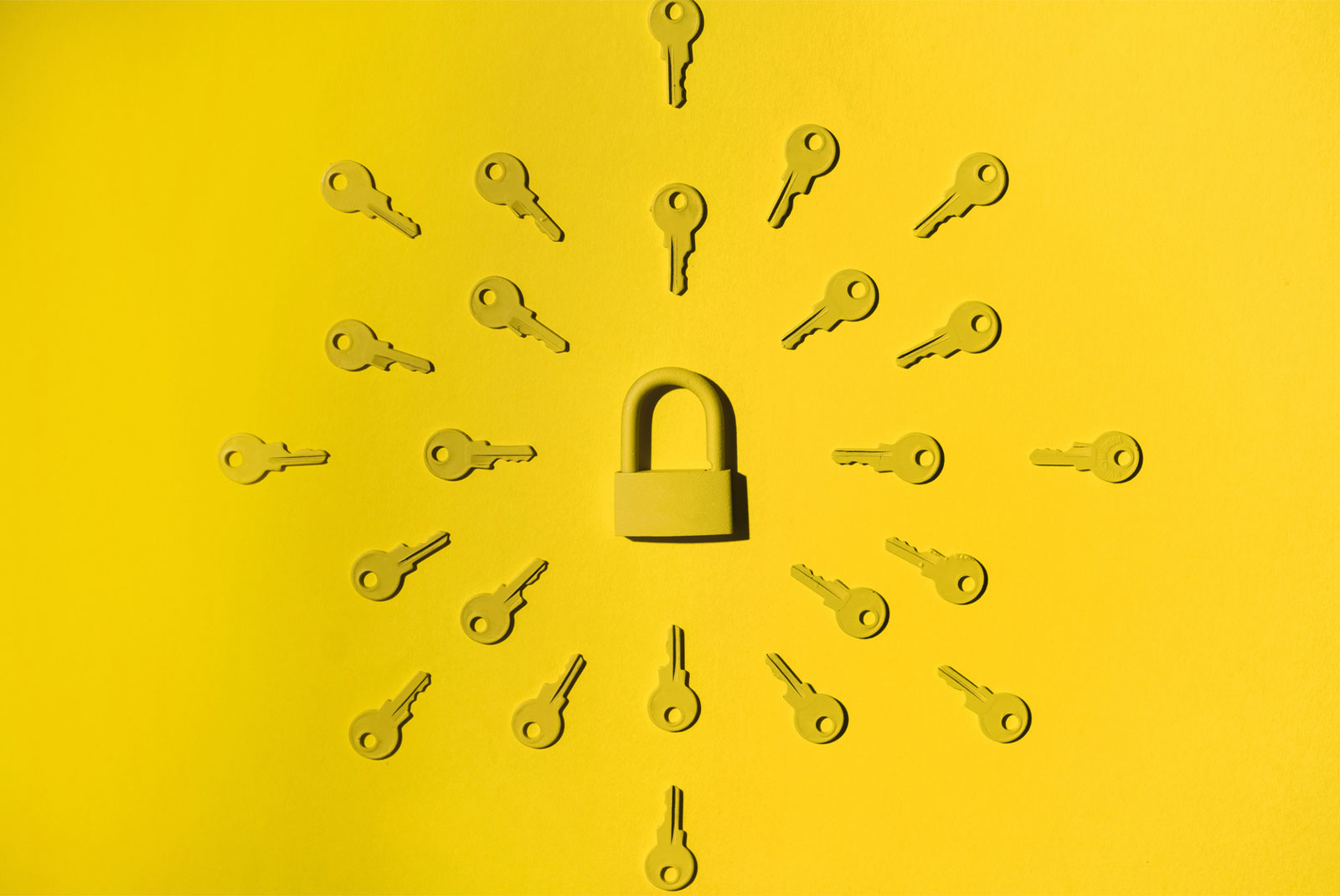 many keys pointing to a lock to introduce when to lock your mortgage rate